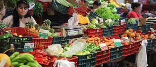 Weekly market Tías